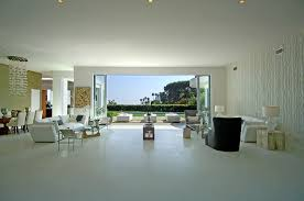 Modern House Dining Room - see this house setting the stage for a modern house with a view