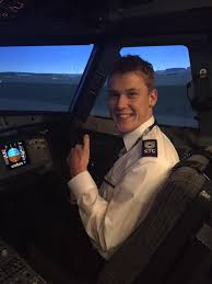 from learning support assistant to easyjet pilot