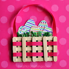 decorating easter baskets craft sticks mini easter basket craft i heart crafty things
