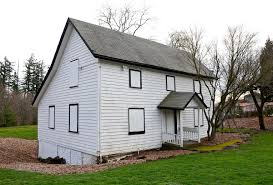 What Is A Saltbox House John Quincy Adams And Elizabeth Young House Wikipedia