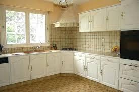 relooker sa cuisine en chene massif repeindre une cuisine en chene repeindre meuble de cuisine en