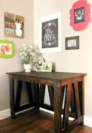 Easy Wood Projects For Beginners by Best 25 2x4 Furniture Ideas On Pinterest Wood Work Table Bbq
