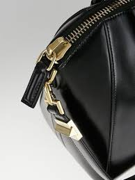 Givenchy Antigona Cowhide Givenchy Black Box Cowhide Leather Small Antigona Bag Yoogi U0027s Closet