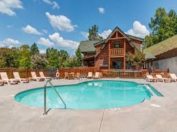5 bedroom cabins in gatlinburg tn jackson mountain homes bear creek lodge covered bridge 5 bedrooms pool table arcade