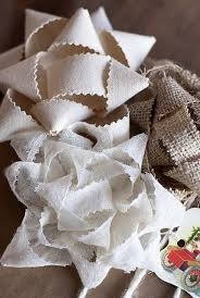 Gift Wrapping Bow Ideas - 8 christmas gift wrapping ideas honeybear lane