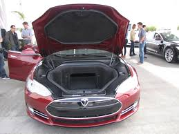 nissan leaf trunk space how much space is there inside a 2012 tesla model s anyway