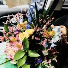 florist knoxville tn crouch florist 17 photos 10 reviews florists 7200 kingston