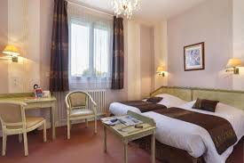 hotel normandie dans la chambre chambre photo de hotel normandie auxerre auxerre tripadvisor