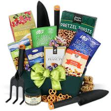 gardening gift basket susan s disney family s day gifts for gardeners tea