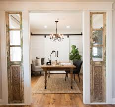 Fixer Upper Homes by Fixer Upper Chip Gaines Joanna Gaines And House