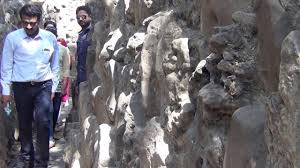 rock garden chandigarh narrow passages among rocks youtube