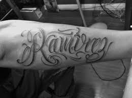 30 besten last name tattoo designs bilder auf pinterest tattoo