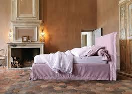 camino stile provenzale camere da letto provenzali con un design e semplice il letto
