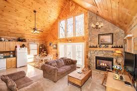 gatlinburg 2 bedroom cabins day dreamer gatlinburg chalets cabin rentals tennessee