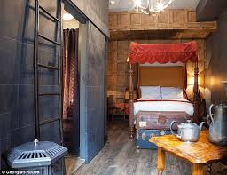 harry potter et la chambre la gazette du sorcier chambres à thème harry potter dans un