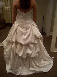 Wedding Dress Bustle The Bridal Times Bustle Me Up