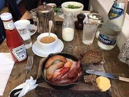 cuisine irlandaise typique mon petit déjeuner typique irlandais avec et beure