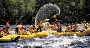 Rock Gardens Rafting Maine Whitewater Rafting On The Kennebec River Maine Vacation