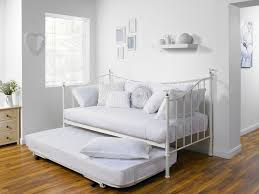 Daybed With Pull Out Bed 5 Benefits To A Great Day Bed