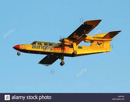 G Stige Schreibtische Airport Services Stockfotos U0026 Airport Services Bilder Alamy