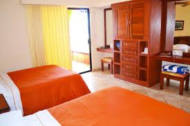 King Size Bed Hotel Vanwormer Resorts