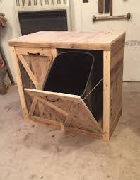 Making Wooden Shelves For A Garage by Best 25 Garbage Can Storage Ideas On Pinterest Outdoor Trash