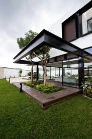 Cantilevered Deck by Cantilevered Home Eliminates Barriers In Favor Of Harmony