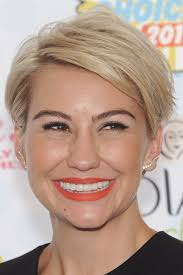 who cuts chelsea kane s hair chelsea kane s hairstyles hair colors steal her style