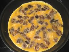 cuisiner les morilles fraiches recette de omelette aux morilles la cuillère