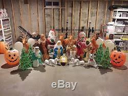 Blow Mold Christmas Yard Decorations 42 Piece Lot Blowmold Christmas Halloween Plastic Lawn Ornaments