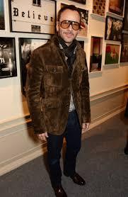 how to dress like a tom ford man gq