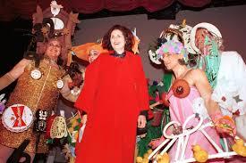 Carol Burnett Scarlett O Hara Costume by This Off Broadway Musical Snagged Liza Minnelli U0027s Costume Designer