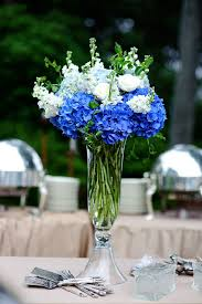 white and blue flowers blue and white flower arrangements for weddings