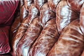 raviver un canapé en cuir comment nettoyer de la sève sur un canapé en cuir
