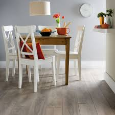 Packs Of Laminate Flooring Colours Amadeo Traditional Oak Effect Laminate Flooring 2 22m