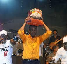 youssou ndour repond a karim wade un francais ne nous dit pas de actu