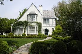 Tudor Style Windows Decorating Tudor Style Houses Facts And History Guide To Architectural
