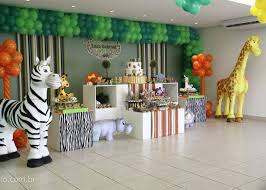 jungle themed birthday party jungle theme birthday party jungle birthday party ideas