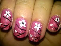 nails with flower designs how you can do it at home pictures