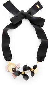 leather bow necklace images Marni necklace with 3 leather flowers where to buy how to wear jpg