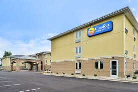 Comfort Inn St Charles Comfort Inn U0026 Suites 2017 Room Prices Deals U0026 Reviews Expedia