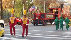 parade thanksgiving travel tuesday macy u0027s thanksgiving day parade how to see it like
