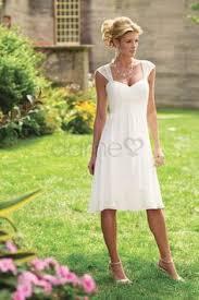 brautkleider fã r standesamt schöne kurze hochzeitskleider schlicht mit blazer hochzeit
