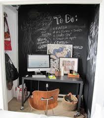 tableau pour bureau decoration tableau noir bureau chaise bois 77 idées créatives