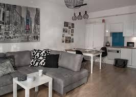 amenager salon cuisine 25m2 aménagement salon salle à manger réussir la séparation des deux zones