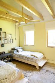 Bedroom Paint Ideas Pictures by 40 Bedroom Paint Ideas To Refresh Your Space For Spring