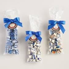 hannukah candy hammond s assorted hanukkah candy gift bags set of 3 world market