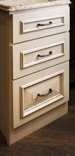Lafayette Cabinet Pull From Jeffrey Alexander By Hardware Resources