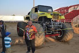 monster truck show denver co monster trucks wow the crowd sheridanmedia com