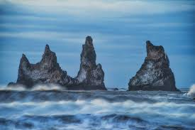 where is the black sand beach guided south coast minibus tour to jokulsarlon glacier lagoon